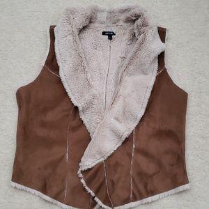 Brown/cream Faux fur vest